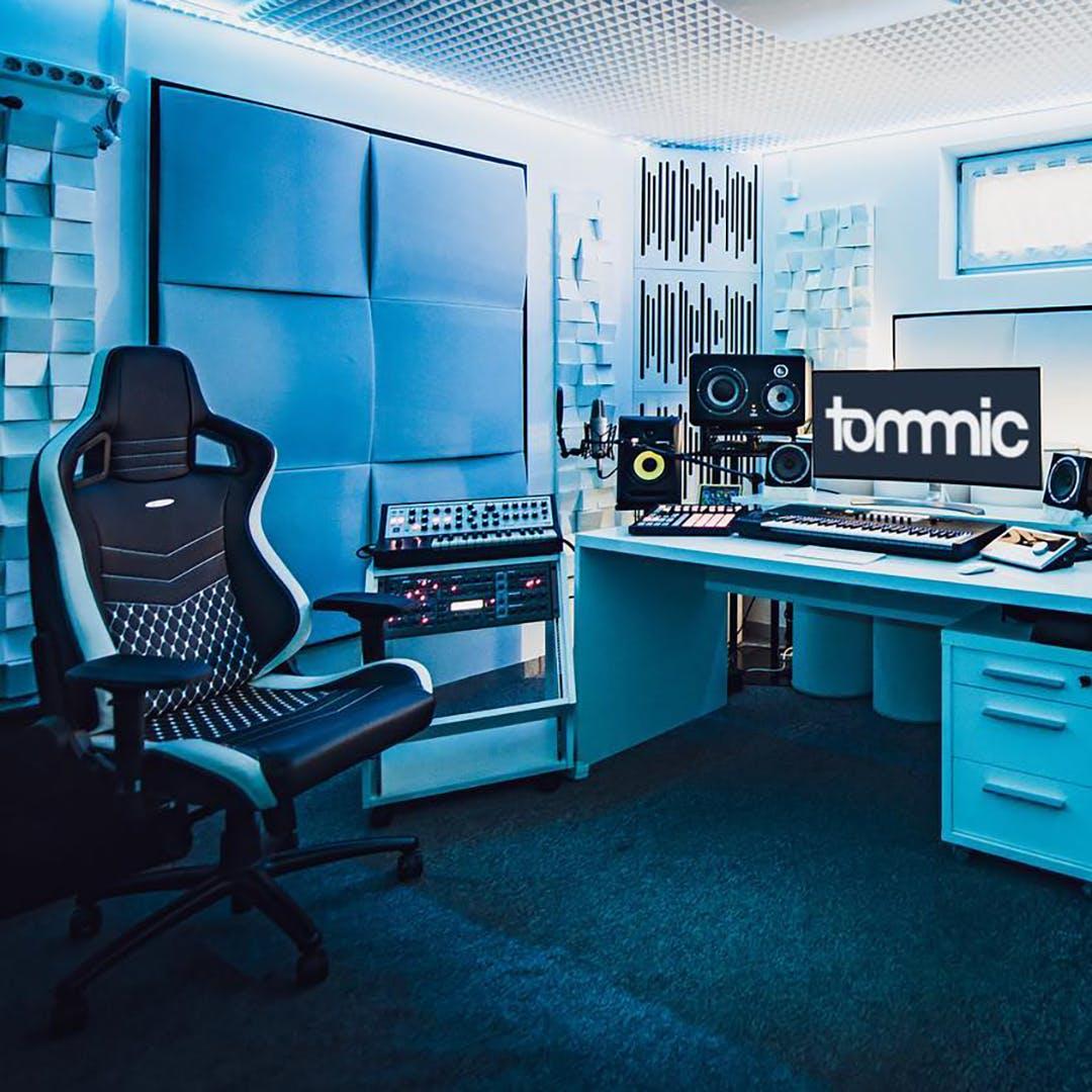 Blue DJ Setup